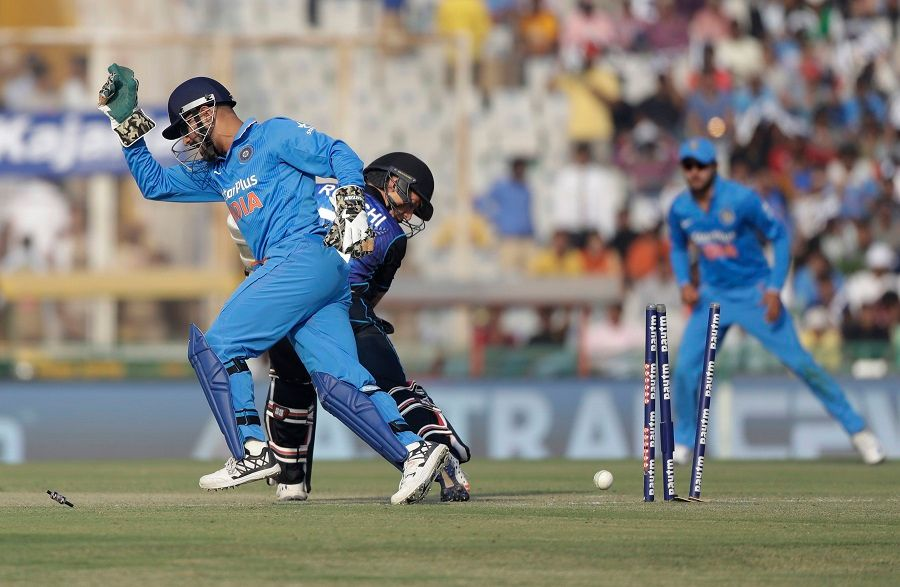Dhoni S Electric Glovework Taylor S Costly Spill