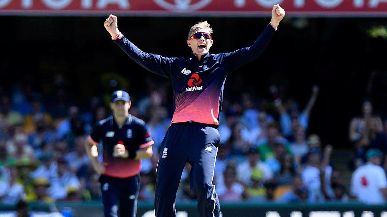 Morgan pulls strings to tie down Australia