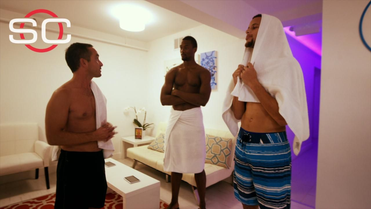 Floating with Stephen Curry and Harrison Barnes