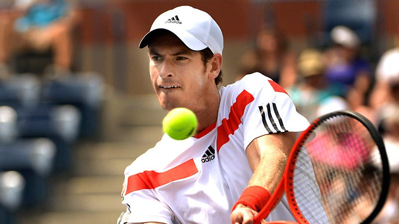 Andy Murray bests Florian Mayer