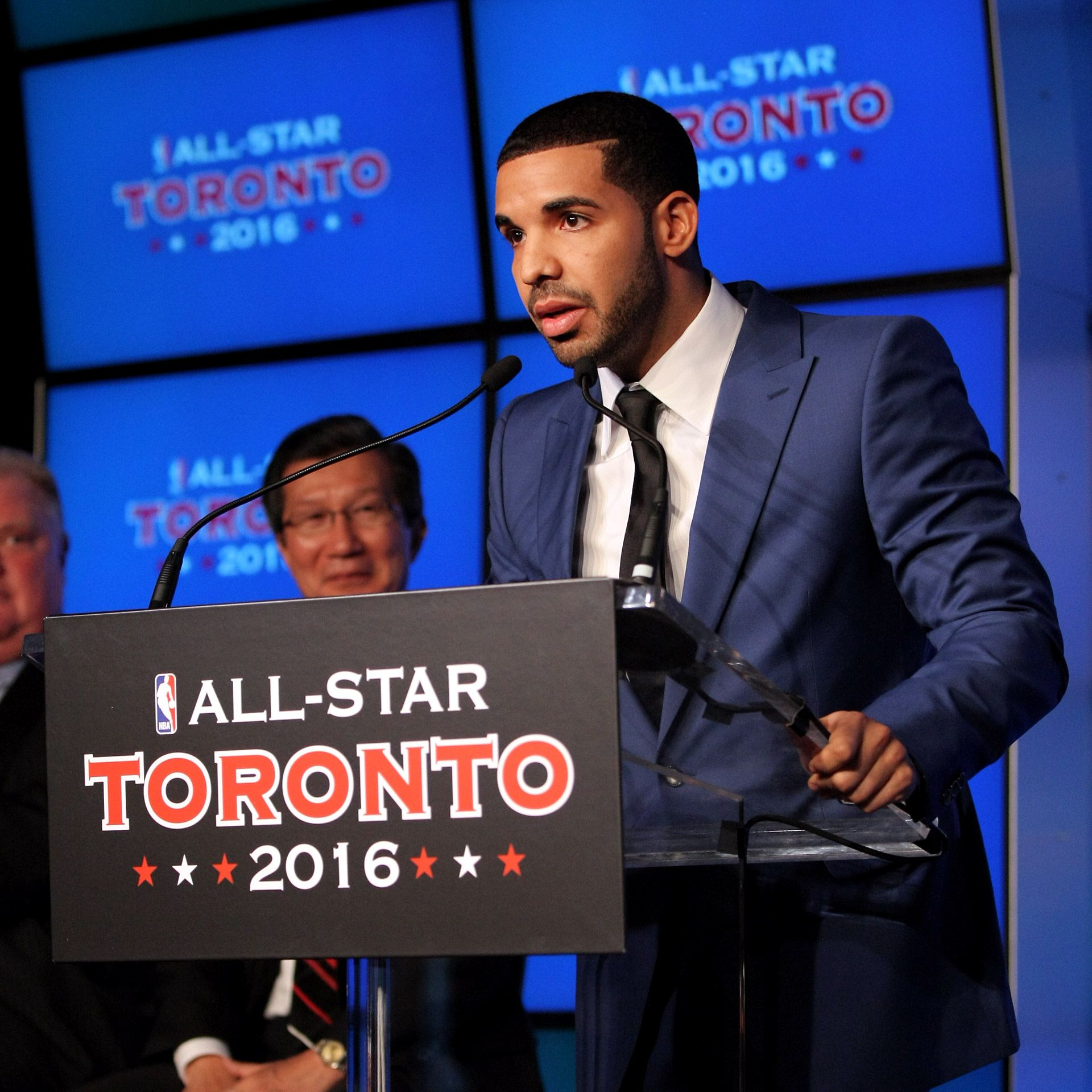 Rapper drake assumes role of toronto raptors team ambassador
