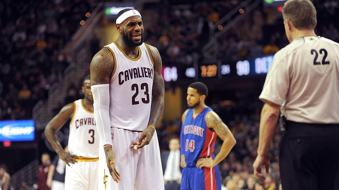 James assesses Cavs' poor play