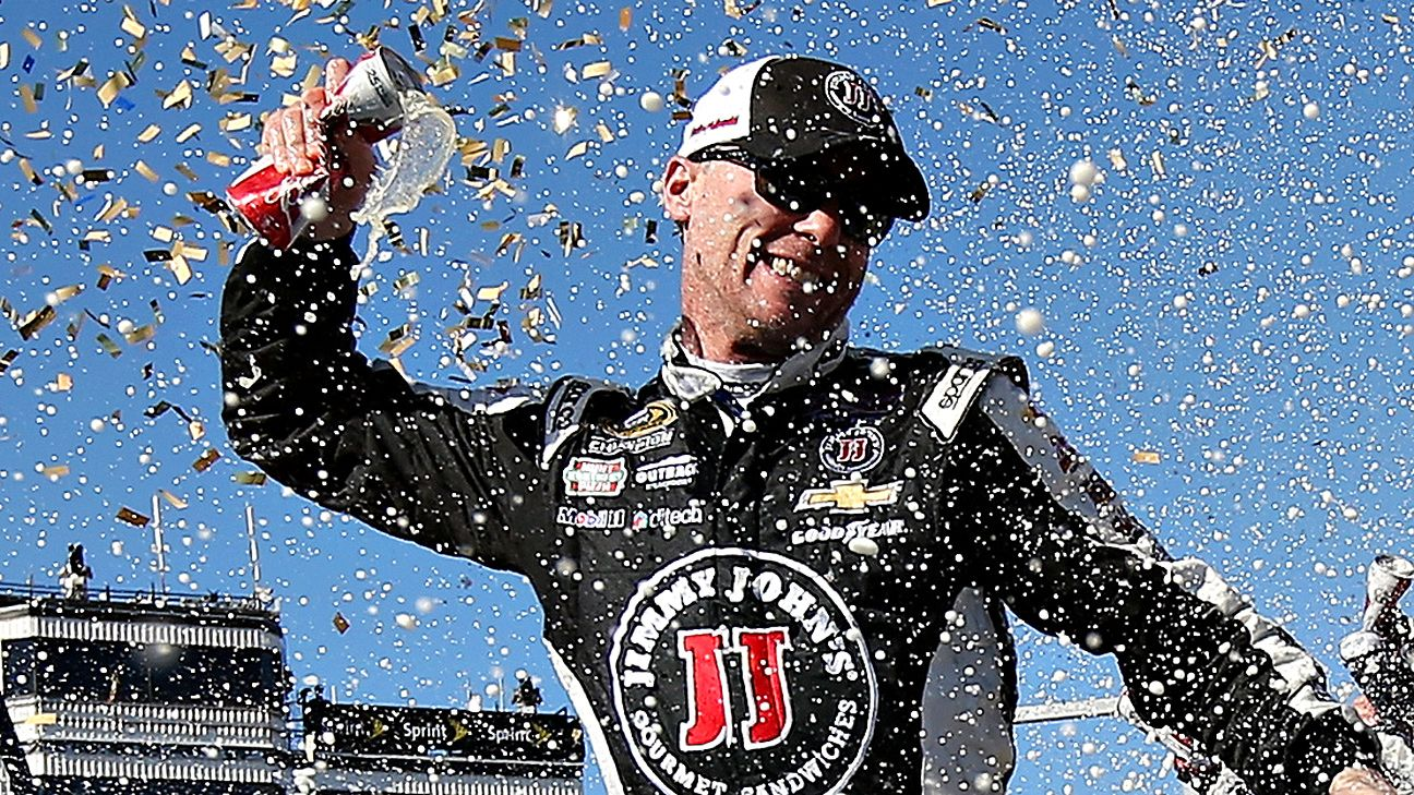 Kevin Harvick wins again in Phoenix