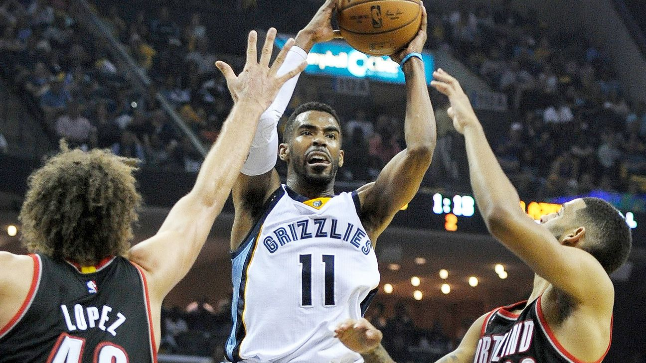 Mike Conley keeps driving through the pain