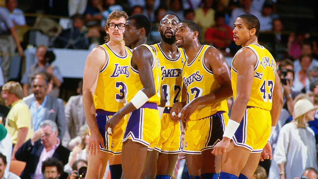 Magic Johnson says his 'Showtime' Los Angeles Lakers would ...