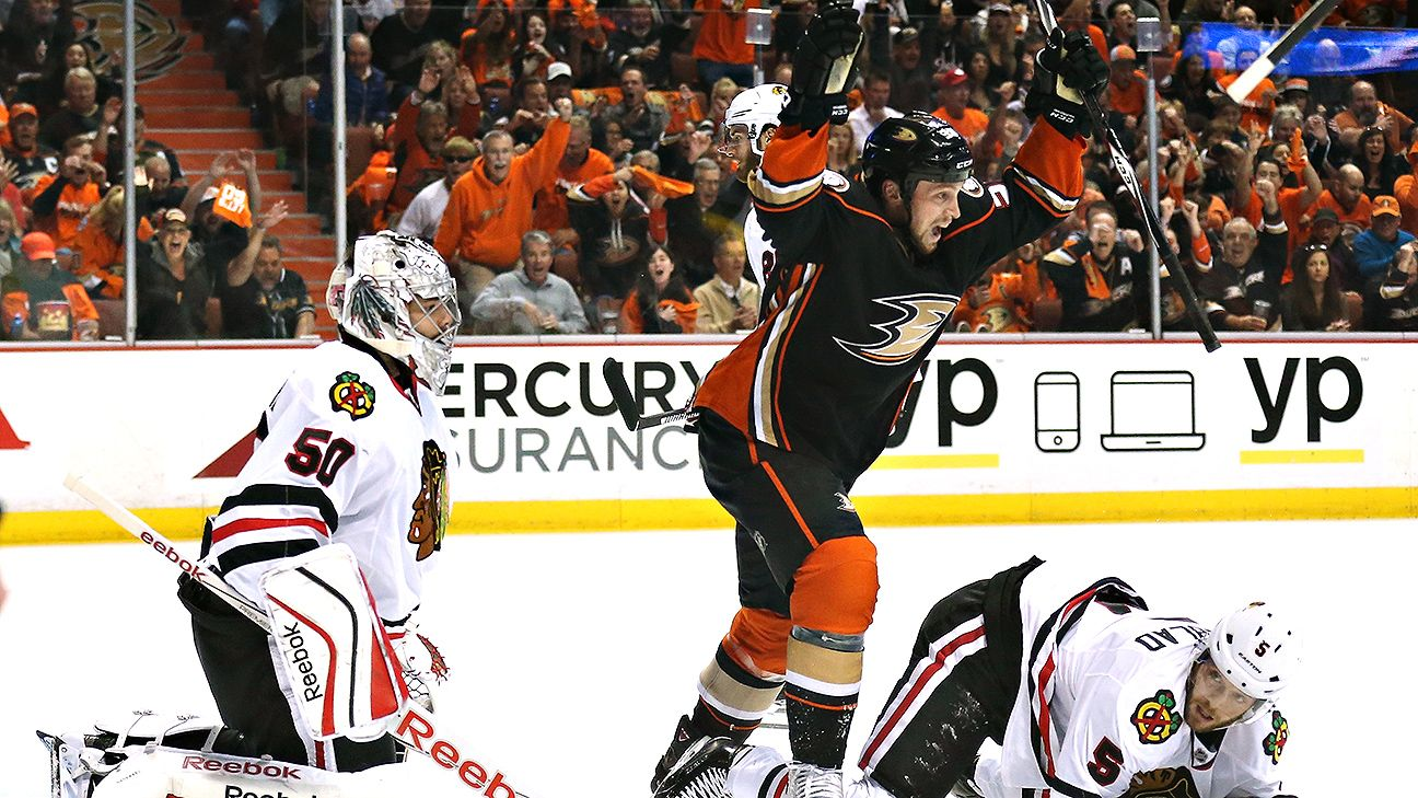 Blackhawks fail to take advantage of Game 1 opportunities