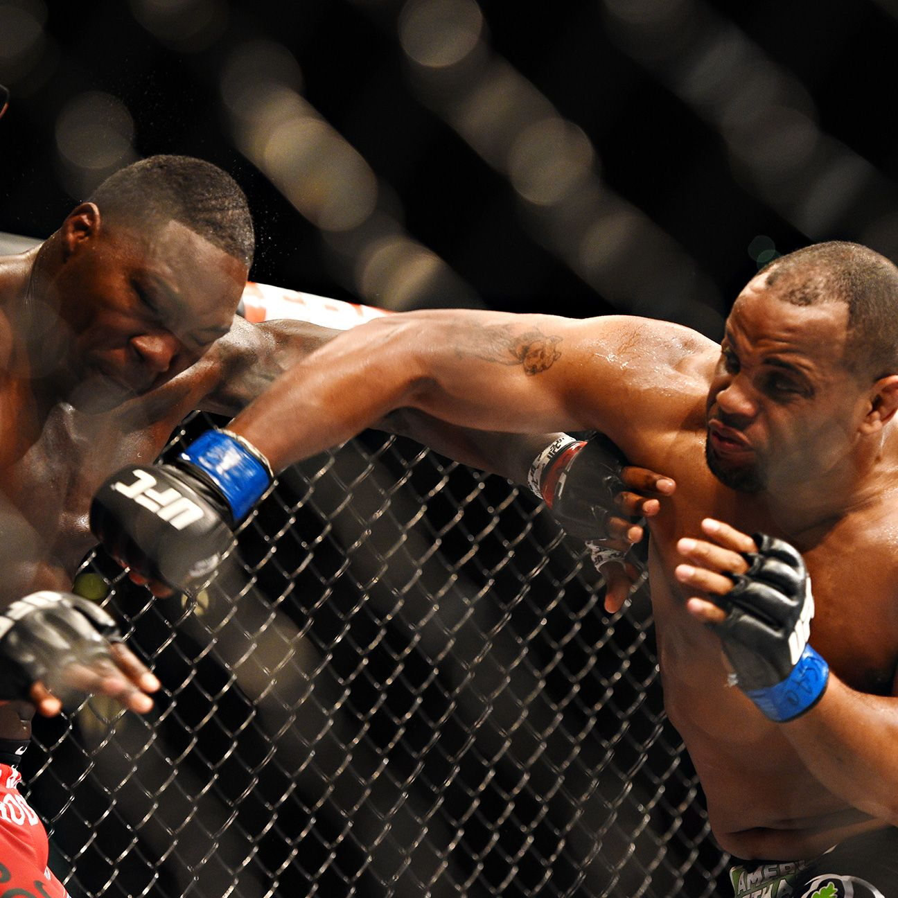 how to read betting odds mma