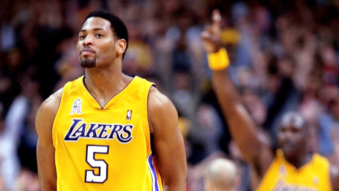 #NBArank Best Playoff Vines: Robert Horry hits buzzer-beating 3 for Los Angeles Lakers