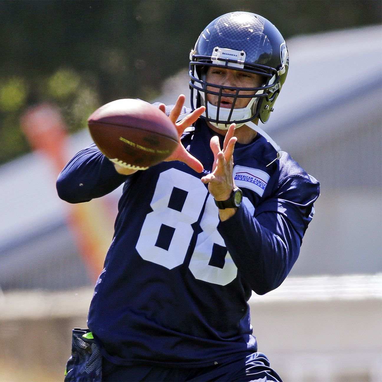 Seahawks struggling to get Jimmy Graham involved