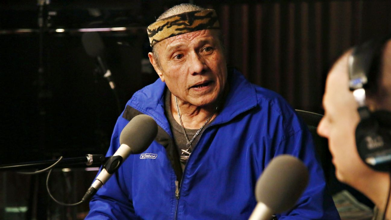 Social media reaction to the death of WWE Hall of Famer Jimmy Snuka