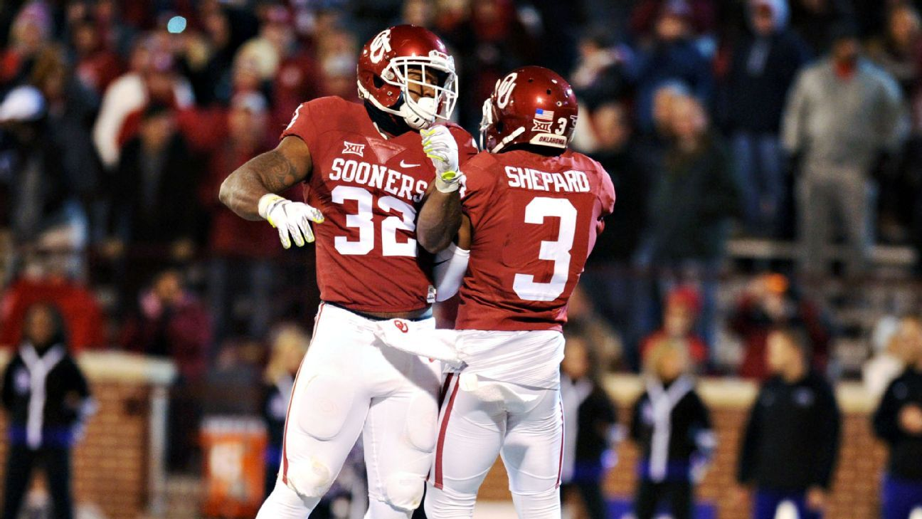 cfb bowl projections The start of the 2016 college football season is still over 50 days away, but its never too early to project how the bowl games and playoff pairings.