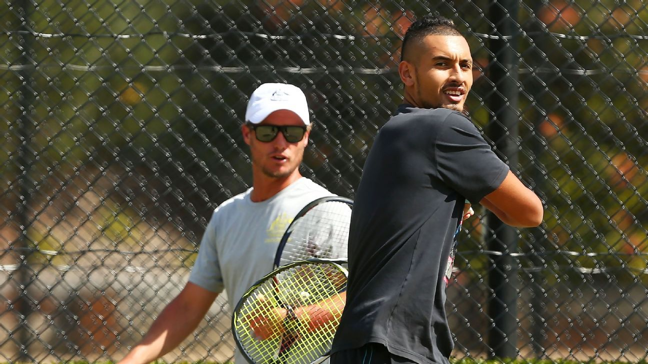 Kyrgios can win over Aussie public - Hewitt