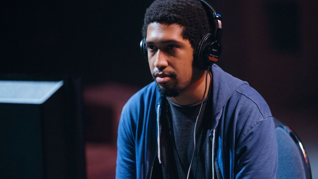 Larry Lurr joins Team eLevate before CEO 2016