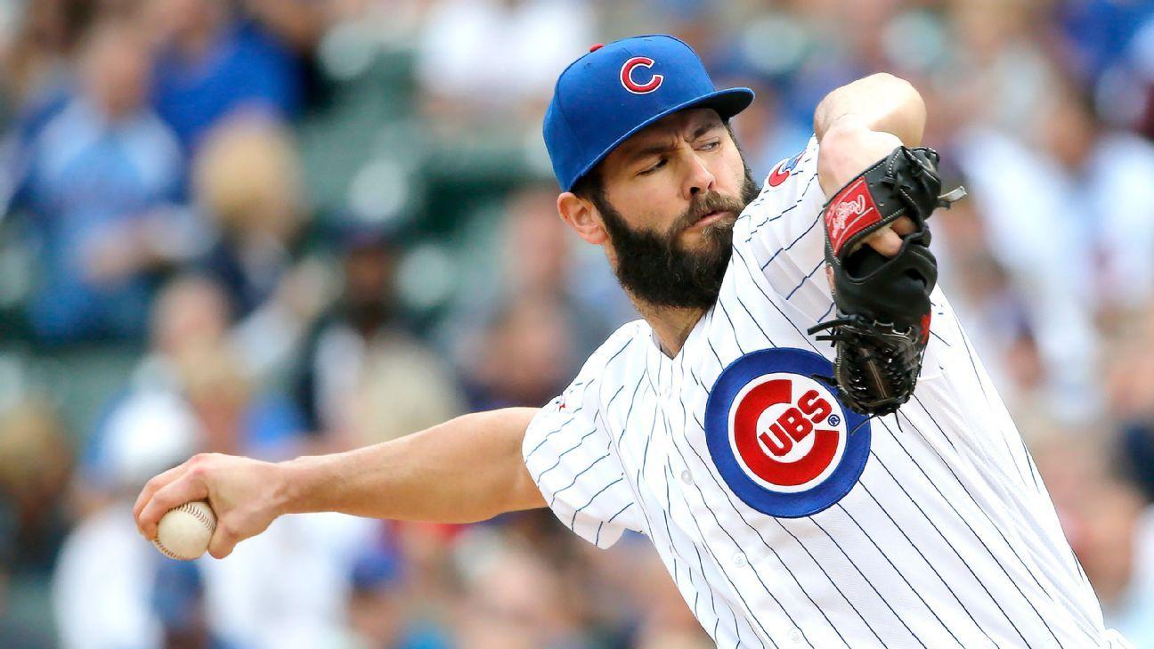 Chicago Cubs' wires cross over midgame catcher swap