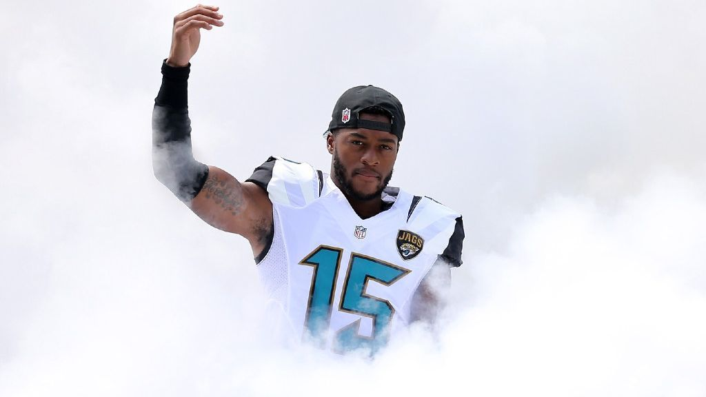 The Bears added Allen Robinson as a target for Mitchell Trubisky, but they're not the only team to make splashy moves on the market. Our Insiders weigh in on which team stands apart after the initial surge.
