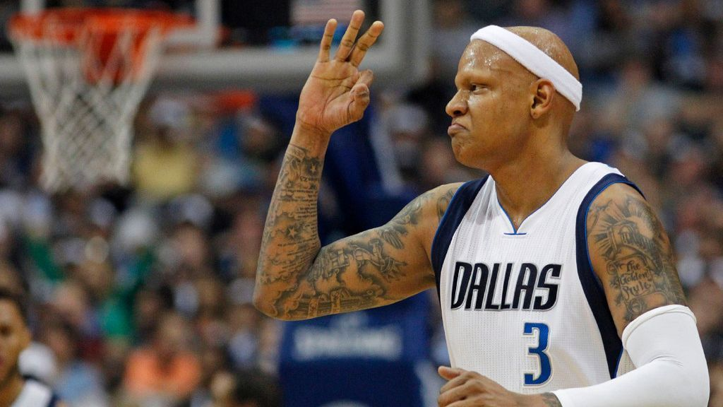 Ray Allen's mother runs into Charlie Villanueva while he's ...