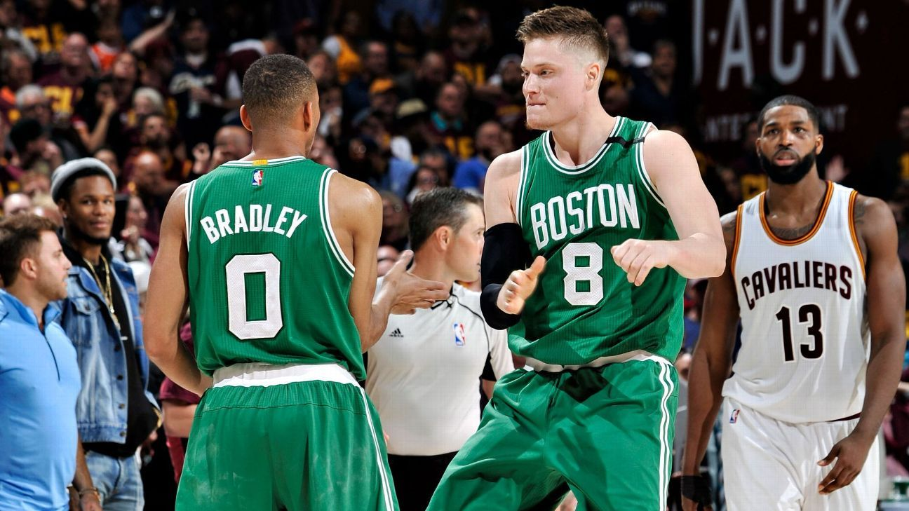 Celtics' rally culminates with shooter's roll from Bradley