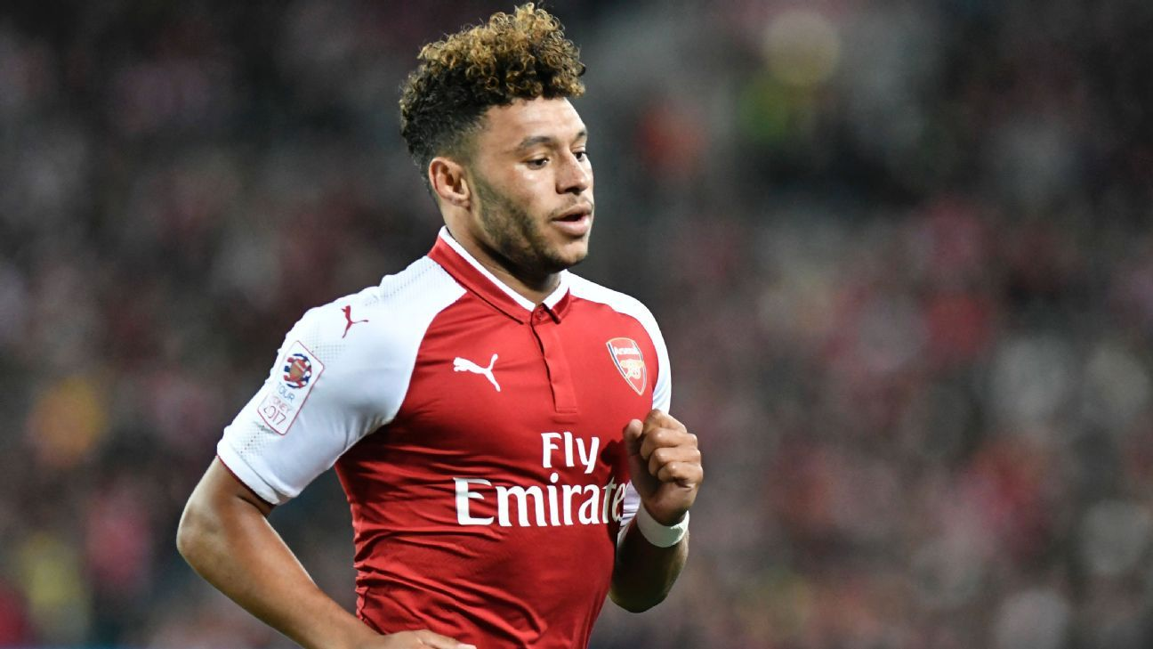 How Oxlade-Chamberlain's Rugby Background Influences His