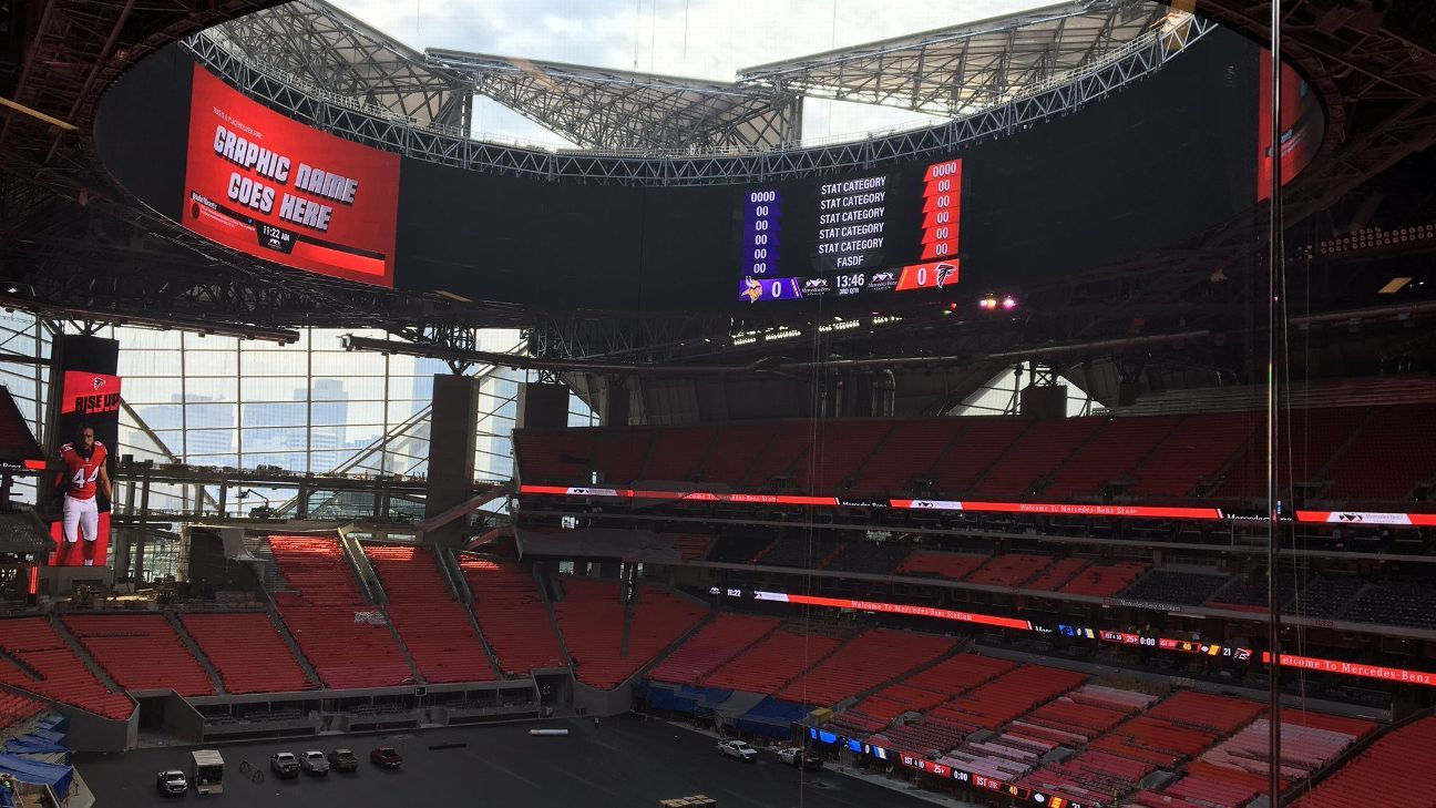 Atlanta falcons 39 mercedes benz stadium roof will be closed for Mercedes benz stadium season tickets