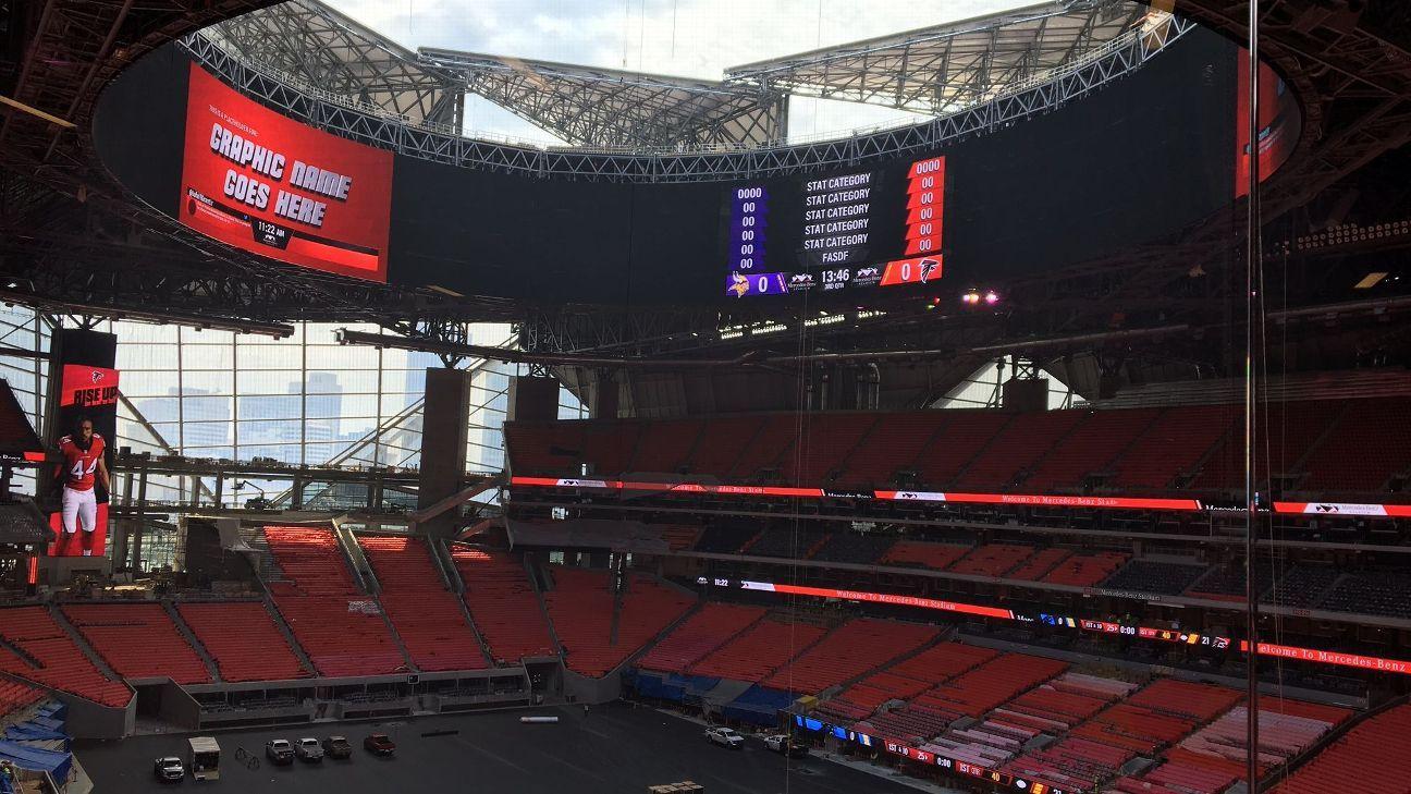 Atlanta falcons 39 mercedes benz stadium roof will be closed for Mercedes benz plant atlanta ga