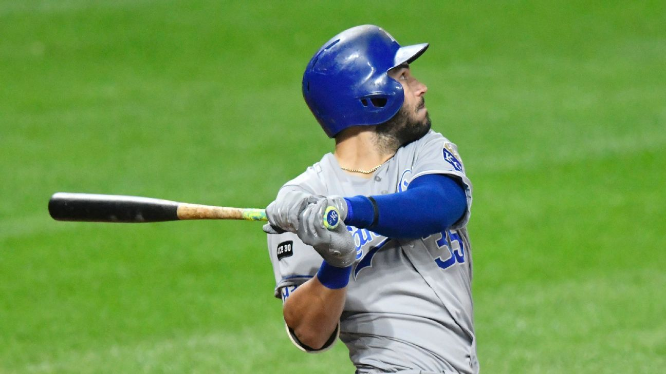 Eric Hosmer agrees to deal with San Diego Padres