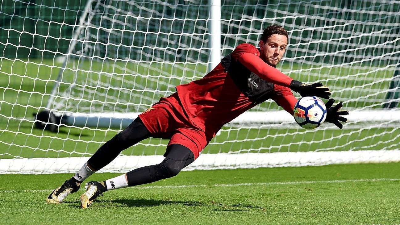 Leicester sign goalkeeper Ward from Liverpool