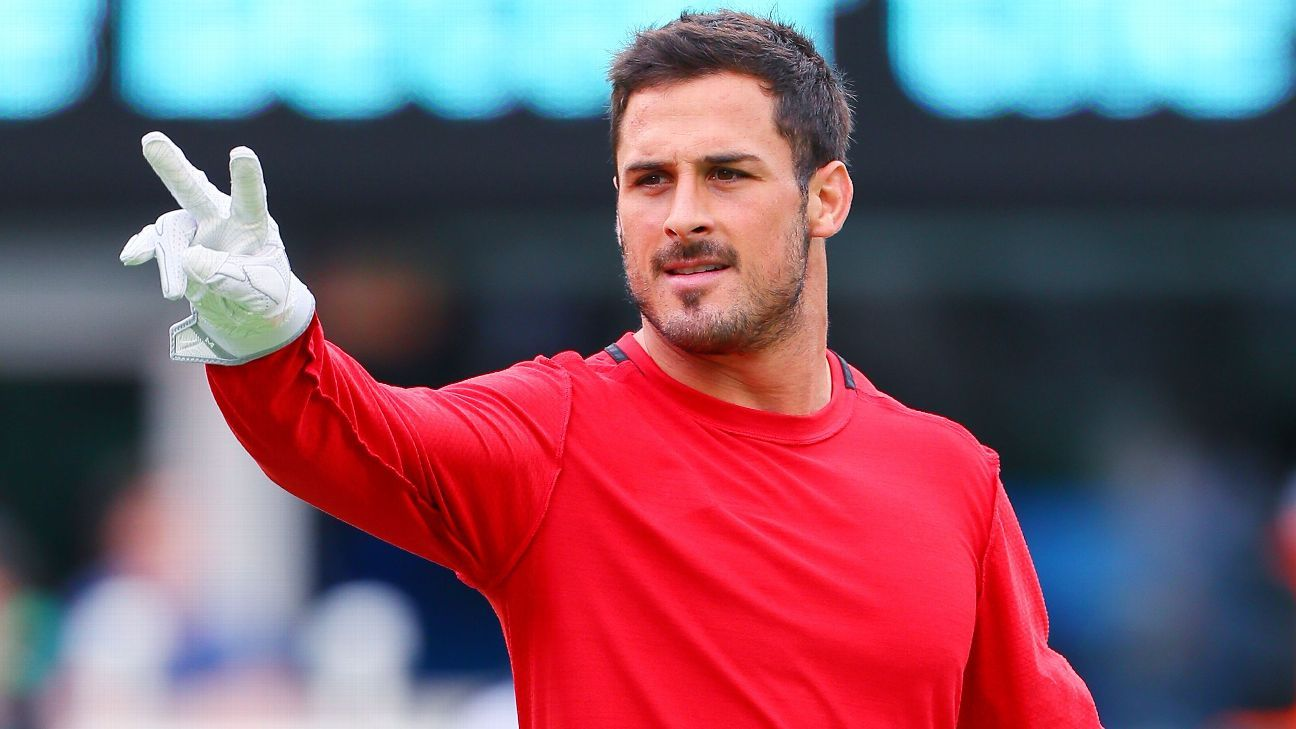 Wide receiver Danny Amendola details why he left New England Patriots for Miami Dolphins