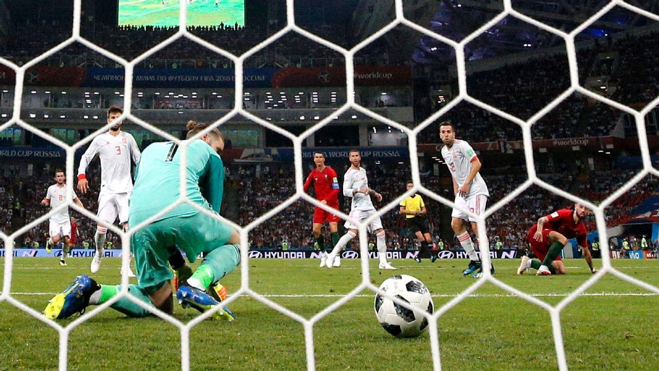 Man United fans celebrate De Gea's howler vs. Portugal