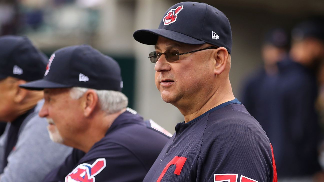 Terry Francona, Cleveland Indians manager, apologizes for bullpen blunder