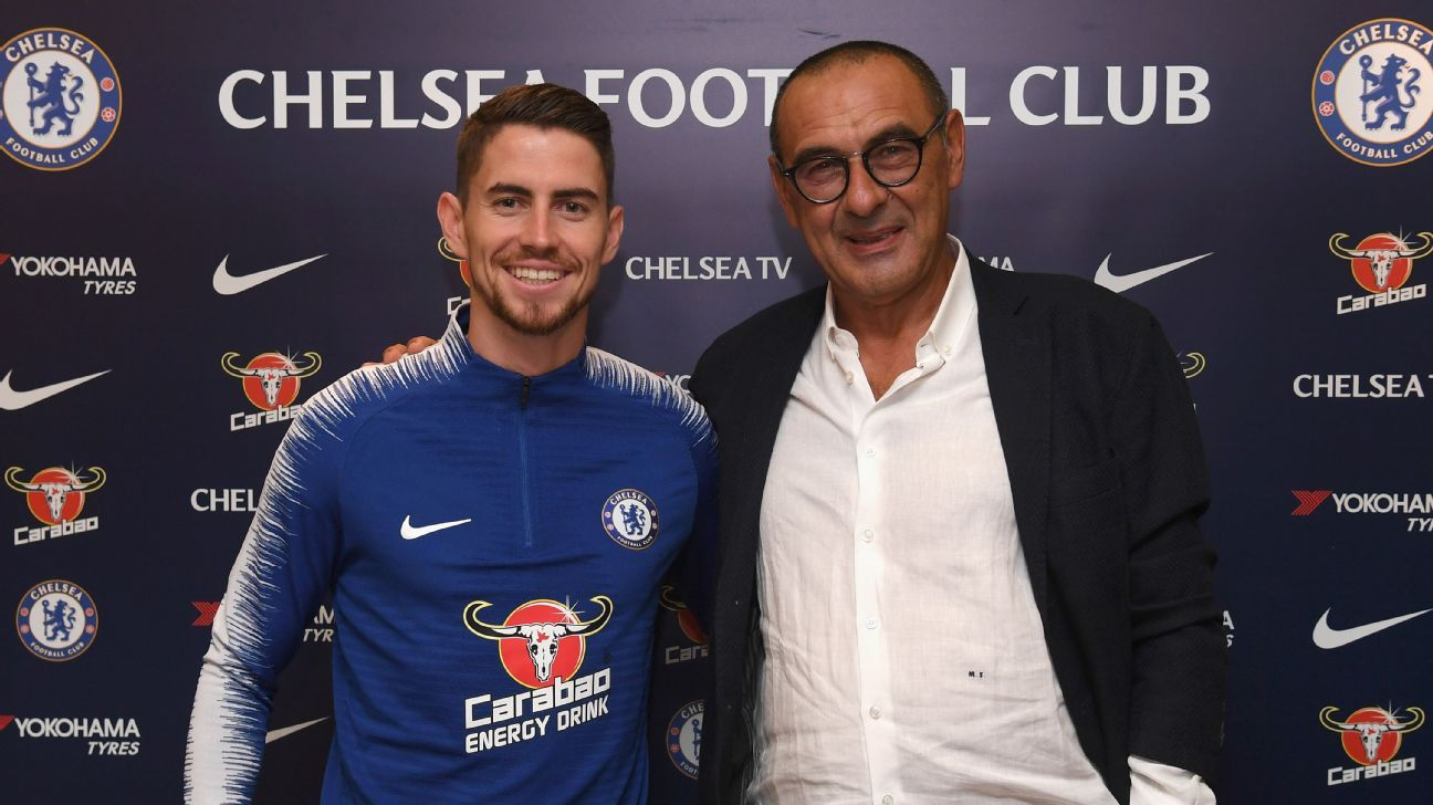 Sarri's late appointment complicates Chelsea's recruitment