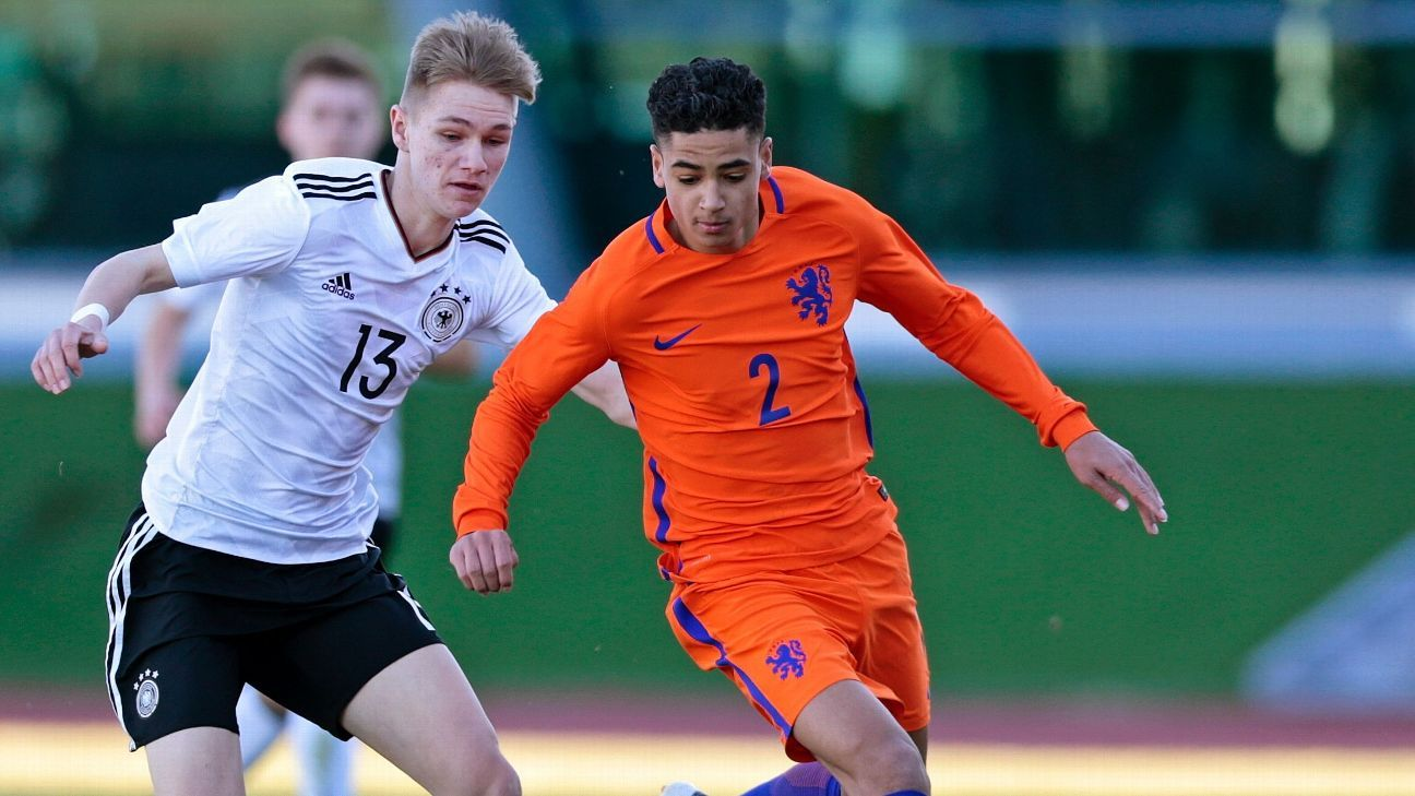 Dutch youth international Hoever joins Liverpool