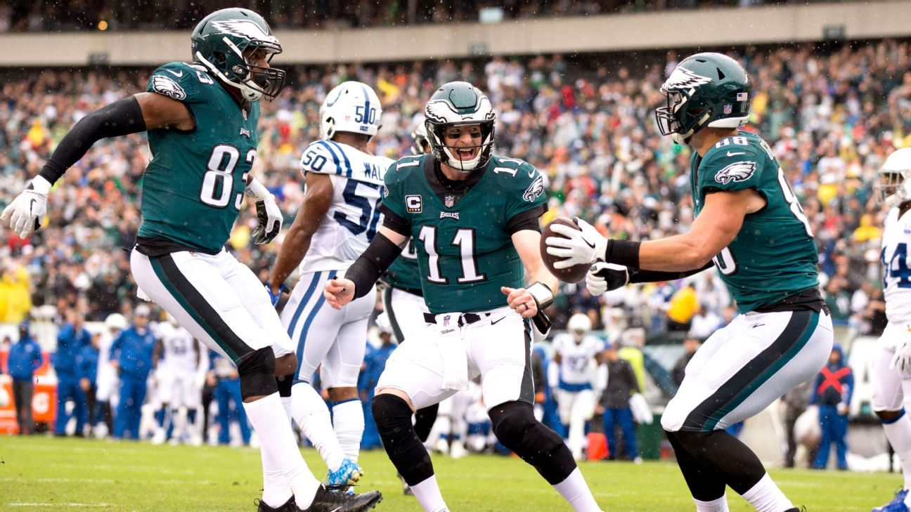 Carson Wentz of Philadelphia Eagles fearless in return from torn ACL