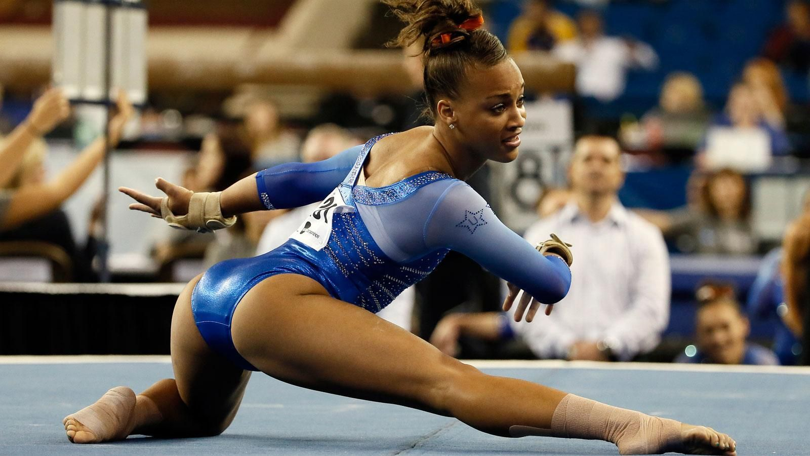 UF's Hunter wins NCAA floor exercise title