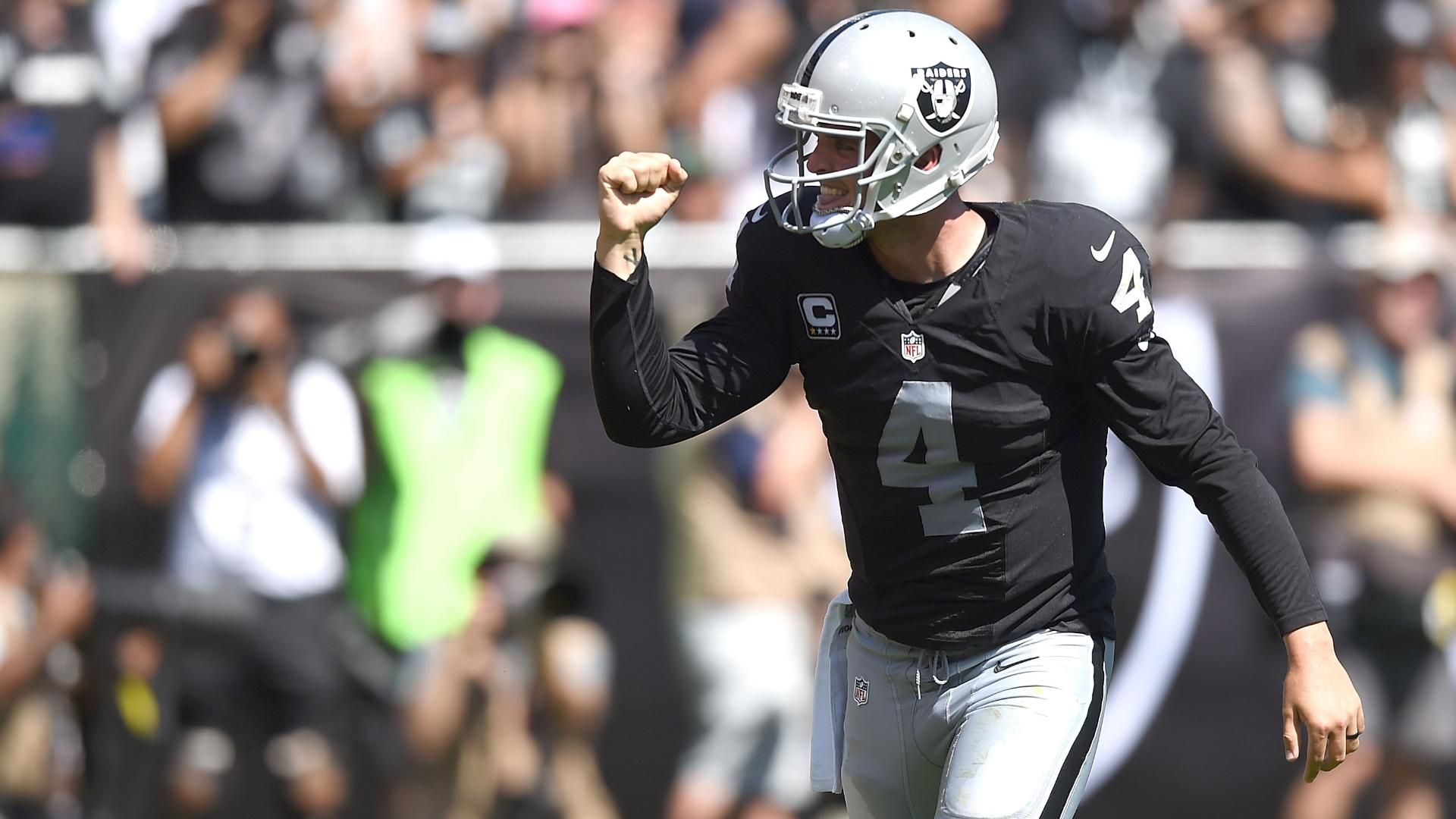 Carr Throws 3 Touchdowns, Raiders Embarrass Chargers, 37-29 « 910AM ...