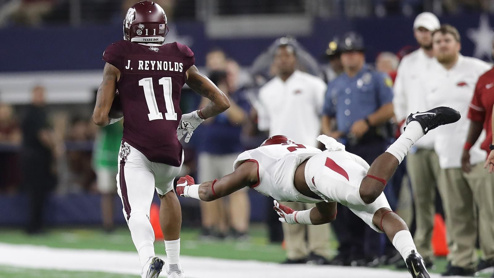 No. 10 Texas A&M topples No. 17 Arkansas
