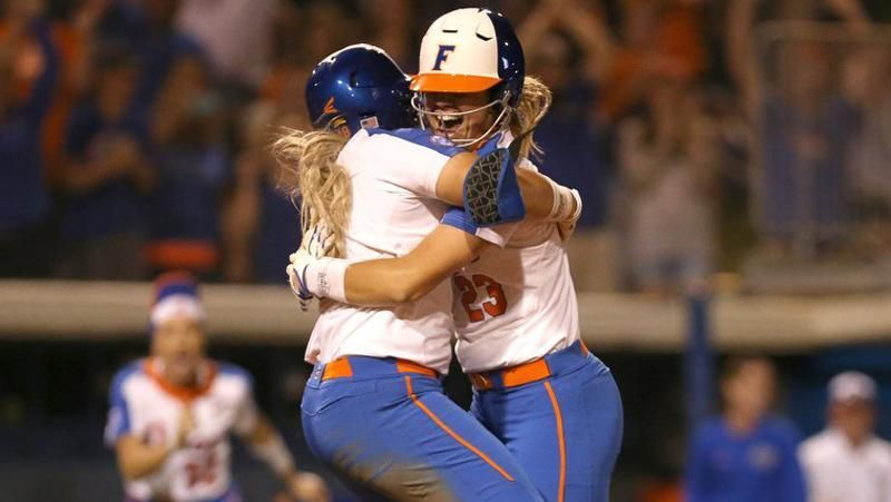 No. 1 Florida wins easily vs. No. 6 Auburn