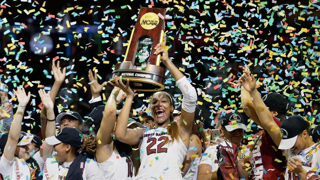South Carolina makes history, wins national title