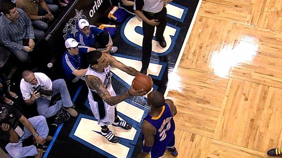LaMarcus Aldridge, Blazers down Raptors in OT for fourth straight win