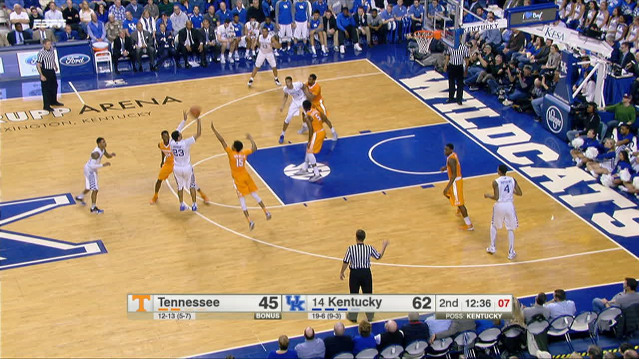 J Murray Made Three Point Jumper Assisted By T Ulis
