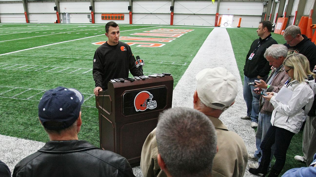 Cleveland Browns Fumbling With Johnny Manziel