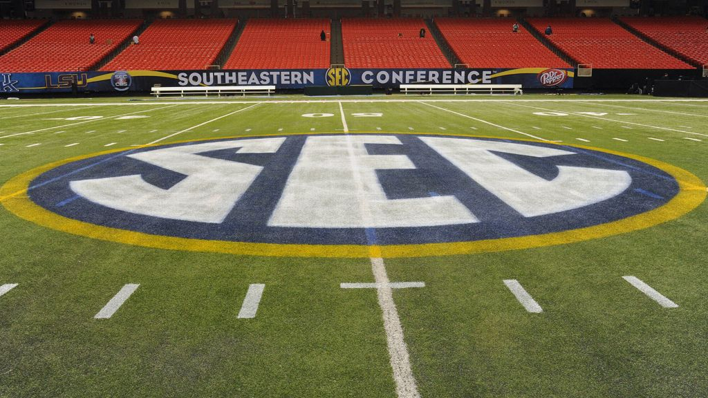 Eight SEC teams ranked in preseason AP poll