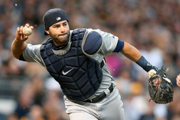 Sports Briefing | Baseball: White Sox Sign Catcher From Tigers