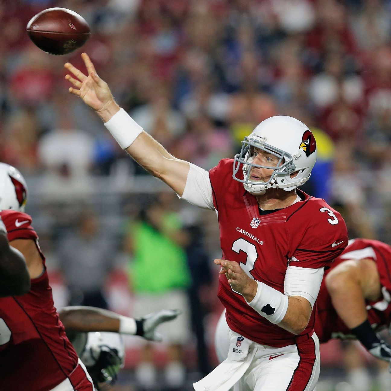 Arizona Cardinals Qb Carson Palmer Sacked Twice Throws Td