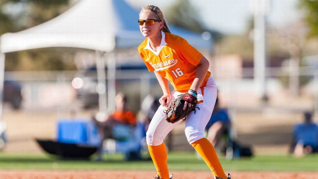 No. 9 Vols open 2016 with win over Creighton