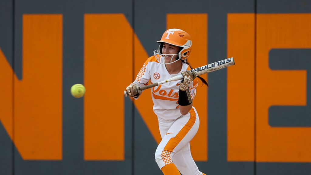 Balanced attack lifts Vols past Flames 6-1