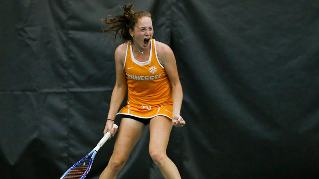 Tennessee shuts out Alabama, 4-0