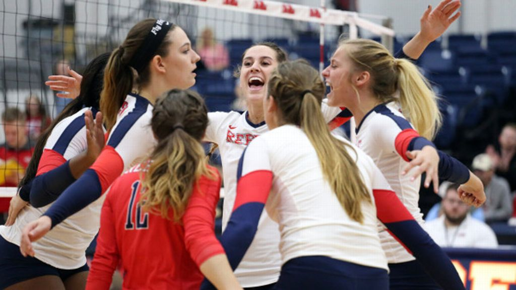 Ole Miss downs Georgia in straight sets