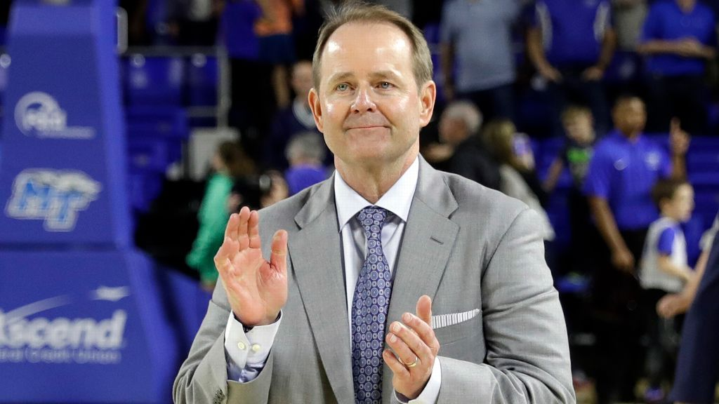 Kermit Davis named Ole Miss basketball head coach