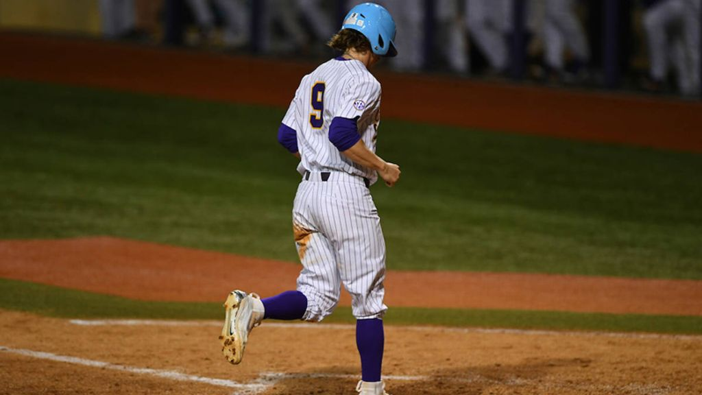 No. 20 LSU powers past Tulane 10-4