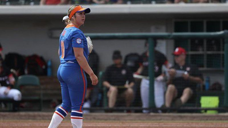 No. 4 Florida shuts out Central Michigan